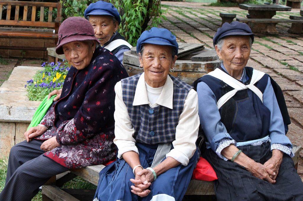 4-chinese-ladies4x6